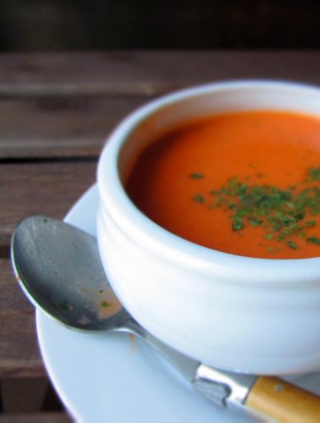 Creamy tomato basil soup | Lingonberry Jam